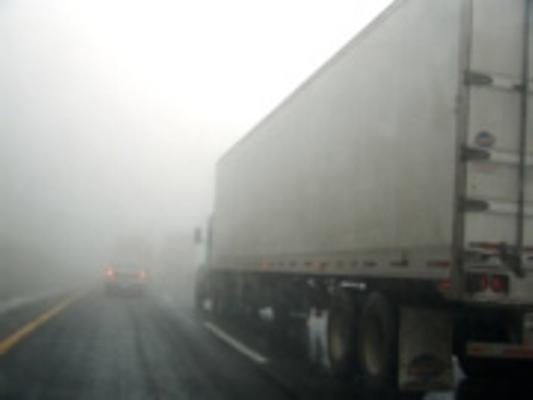 ac_foto_niebla_camion