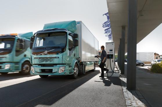 Los camiones eléctricos Volvo FL forman parte de una pre-serie desarrollada en colaboración con clientes seleccionados