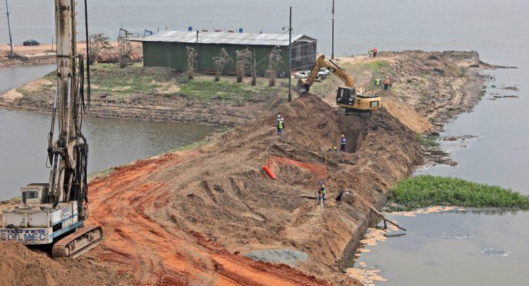 Histórica construcción de dos plantas de tratamiento de aguas residuales para Asunción