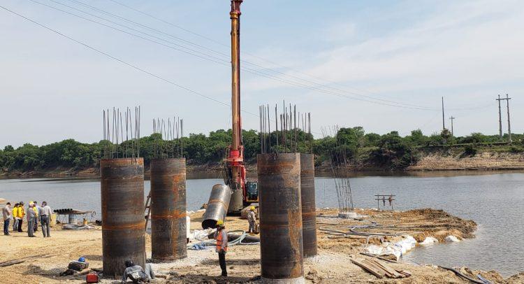 Progresa la construcción del puente de 1.171 metros sobre el Río Tebicuary