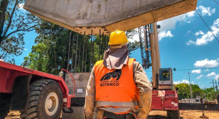 Elevan primer dintel que sostendrá al viaducto de 460 metros