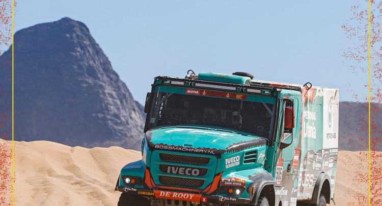 Podio para el PETRONAS Team De Rooy IVECO en el inicio del Rally Dakar 2020