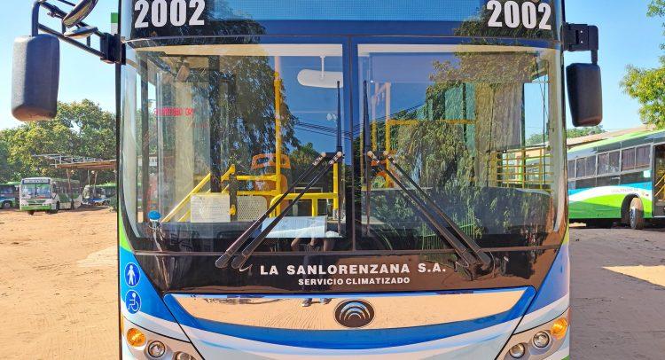 Tres nuevos buses híbridos se suman al parque de vehículos de La Sanlorenzana S.A
