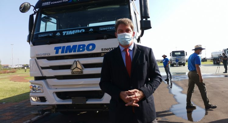 TIMBO entregó una flota de 5 tanques regadores a la Secretaría de Emergencia Nacional