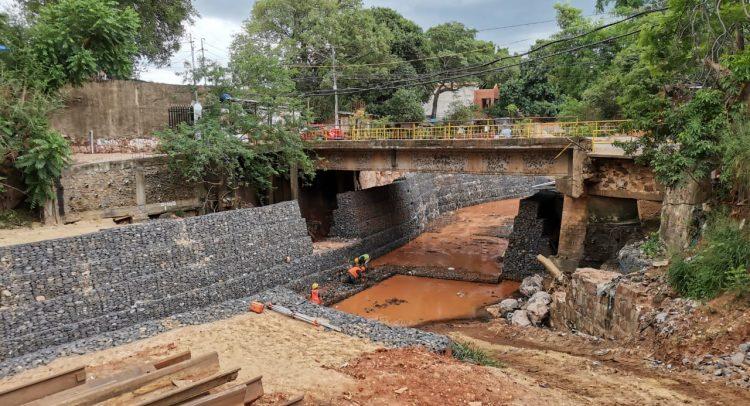 Avanzan los trabajos de mejoramiento del Arroyo Sosa en Lambaré