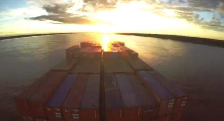 Río Paraná: inician operatoria para la salida de 125.000 toneladas de producción agrícola
